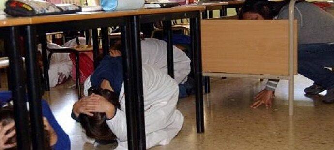 Vulnerabilità sismica delle scuole, Decaro scrive a Giorgetti e Bussetti