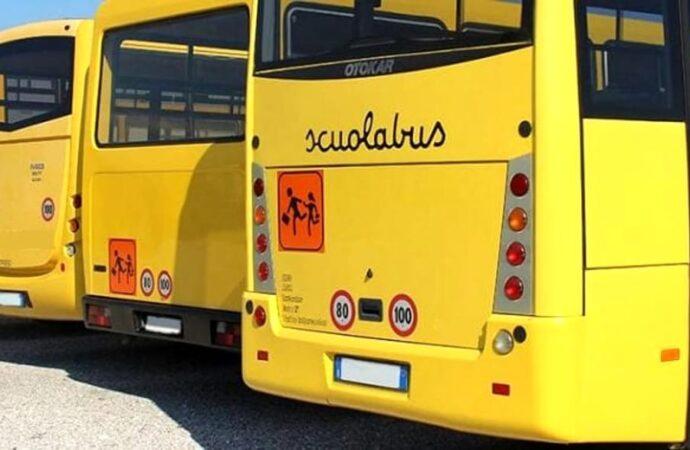Scuola bus, Comuni in difficoltà per la mancata approvazione della norma