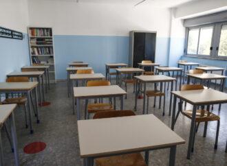 Scuola, è confermato il rinvio dell'anno scolastico: in aula il 24 settembre